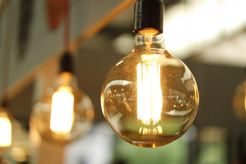 法人化で自宅兼事務所の電気代は経費になる?